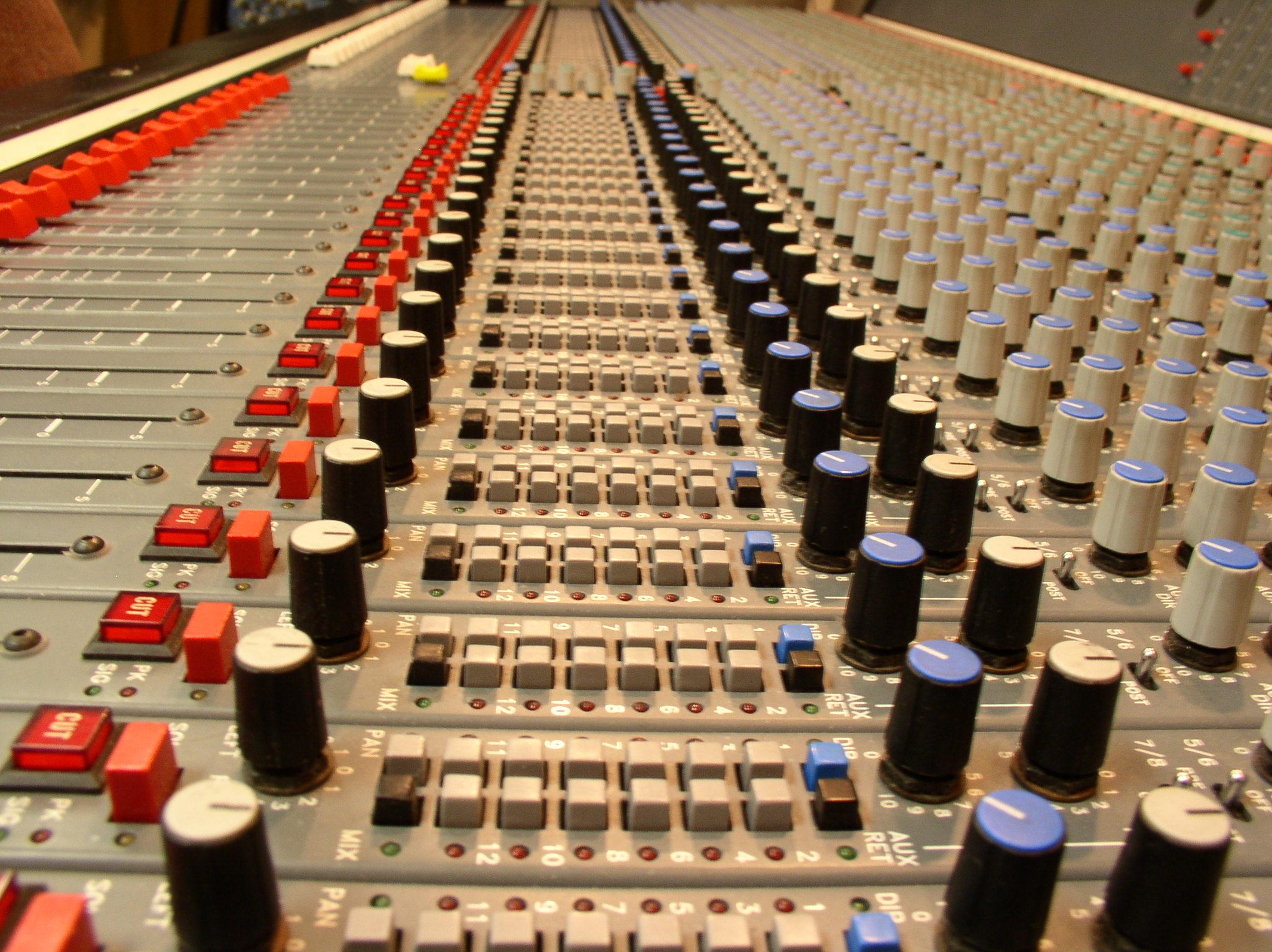 Lynda.com - Audio Mixing Bootcamp price
